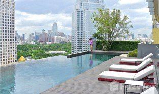 2 Bedrooms Condo for sale in Si Lom, Bangkok Saladaeng Residences