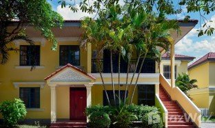 4 Bedrooms Villa for sale in Chey Chummeah, Phnom Penh
