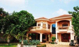 6 Bedrooms Villa for sale in Kok Chak, Siem Reap