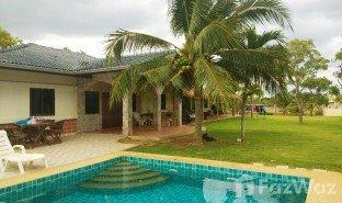 6 Schlafzimmern Villa zu verkaufen in Pran Buri, Hua Hin