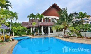 3 Bedrooms House for sale in Na Kluea, Pattaya