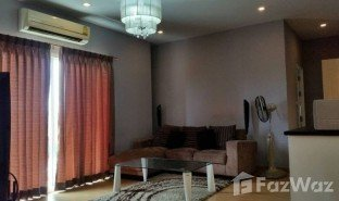 2 Bedrooms Property for sale in Phlapphla, Bangkok Chaya Villa