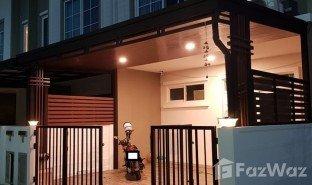曼谷 Si Kan Gusto Donmueang - Songprapa 3 卧室 联排别墅 售