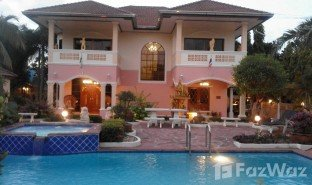 3 Bedrooms Villa for sale in Nong Prue, Pattaya Madison Gardens