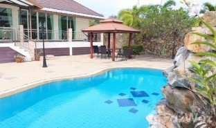 3 Bedrooms Villa for sale in Na Chom Thian, Pattaya