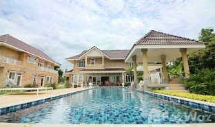 6 Bedrooms Property for sale in Cha-Am, Phetchaburi Palm Hills Golf Club and Residence