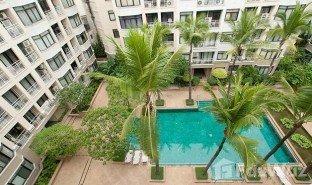 2 Bedrooms Condo for sale in Suriyawong, Bangkok Green Point Silom