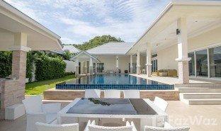 华欣 网络 Sea Breeze Villas Hua Hin 6 卧室 房产 售