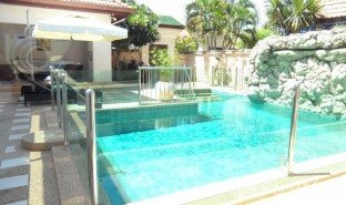 3 Bedrooms Villa for sale in Nong Prue, Pattaya View Talay Villas