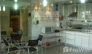 2 Bedrooms Property for sale in Khlong Toei, Bangkok Monterey Place