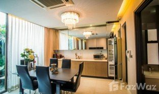 4 Bedrooms Townhouse for sale in Phra Khanong Nuea, Bangkok Residence Sukhumvit 65