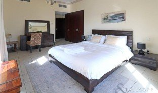 1 Bedroom Property for sale in Mountbatten, Central Region The Belvedere