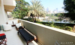 1 Bedroom Property for sale in Al Tanyah Third, Dubai The Links Canal Apartments