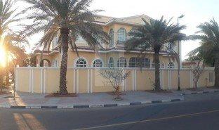 8 Bedrooms Property for sale in Hor Al Anz, Dubai