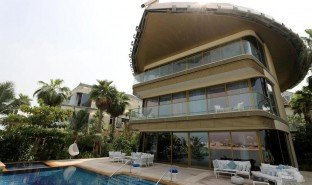 7 Bedrooms Property for sale in World Islands, Dubai