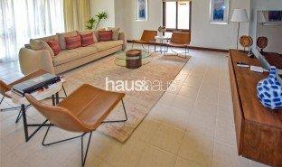 4 Bedrooms Villa for sale in Port Saeed, Dubai