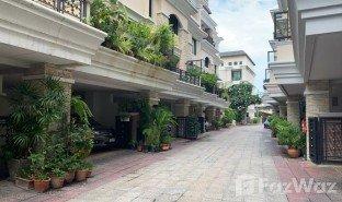 3 Schlafzimmern Reihenhaus zu verkaufen in Khlong Tan Nuea, Bangkok Evanston Thonglor 25