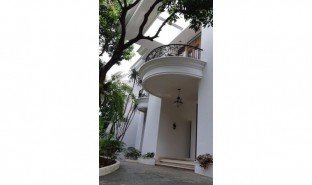 5 Bedrooms House for sale in Mampang Prapatan, Jakarta