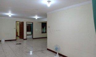 3 Bedrooms Property for sale in Penjaringan, Jakarta
