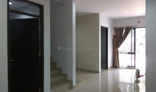 4 Bedrooms Property for sale in Lima, West Jawa