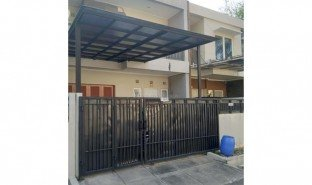 3 Bedrooms House for sale in Banyumanik, Jawa Tengah