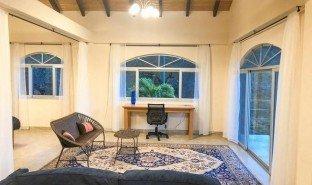 1 Habitación Propiedad e Inmueble en venta en Vilcabamba (Victoria), Loja Lovely furnished large studio apartment