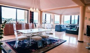 2 Habitaciones Apartamento en venta en Cuenca, Azuay Stunning El Centro Penthouse-Short-Term Rental