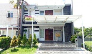 6 Bedrooms House for sale in Lakarsantri, East Jawa