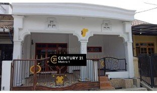 3 Bedrooms Property for sale in Cakung, Jakarta
