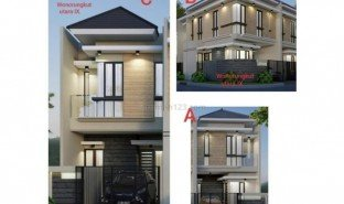3 Bedrooms Property for sale in Tegal Sari, East Jawa