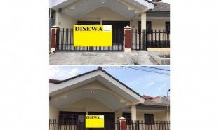 4 Bedrooms Property for sale in Waru, East Jawa