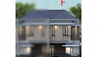 3 Bedrooms House for sale in Tambaksari, East Jawa
