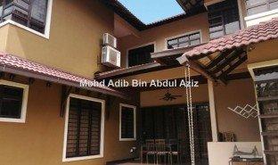 8 Bedrooms Property for sale in Dengkil, Selangor Bangi