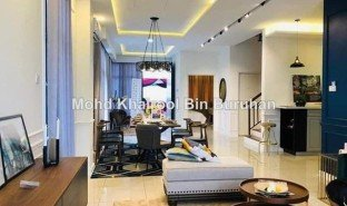 5 Bedrooms Property for sale in Dengkil, Selangor Putrajaya