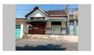 2 Bedrooms Property for sale in Jebres, Jawa Tengah