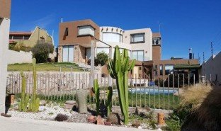 5 Bedrooms Property for sale in Coquimbo, Coquimbo Coquimbo