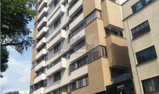 3 Habitaciones Propiedad e Inmueble en venta en , Santander AV. QUEBRADASECA #33-130