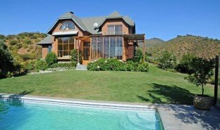 7 Bedrooms Property for sale in Maria Pinto, Santiago Casablanca