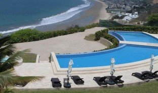 1 Habitación Apartamento en venta en Manglaralto, Santa Elena Spectacular Panoramic Ocean View Perched on a Hill Overlooking Miles of Shore Line