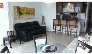 2 Habitaciones Propiedad e Inmueble en venta en Tambillo, Esmeraldas Edificio Sorrento Unit 9: Picture A Penthouse Way Up In The Sky!