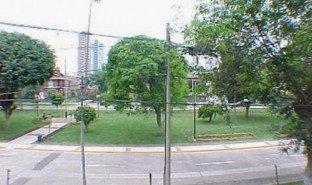 4 Habitaciones Casa en venta en Miraflores, Lima