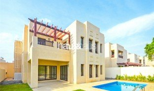 4 Bedrooms Property for sale in Port Saeed, Dubai