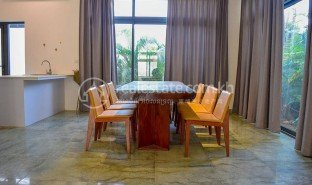 6 Bedrooms Villa for sale in Tuol Tumpung Ti Muoy, Phnom Penh
