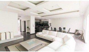3 Habitaciones Apartamento en venta en , San José BEAUTIFUL CONDO WITH BEAUTIFUL VIEW WITH BAR ON THIRD FLOOR