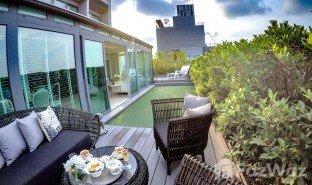 曼谷 Khlong Tan Noble Remix 2 卧室 顶层公寓 售