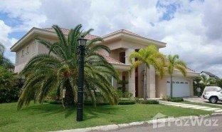 5 Bedrooms Property for sale in , Santiago