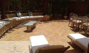 недвижимость, 3 спальни на продажу в , Cairo furnished apartment for rent katameya heights