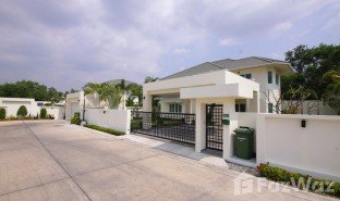 3 Bedrooms Villa for sale in Nong Prue, Pattaya Green Field Villas 4