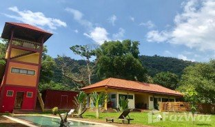 3 Bedrooms Property for sale in Kaeb, Kep