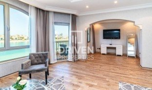 5 Bedrooms Property for sale in Palm Jumeirah, Dubai